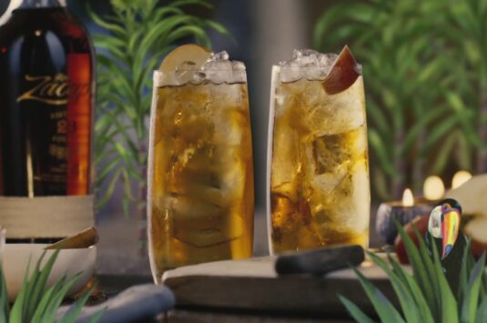 How to Make a Spiced Apple Crumble Cocktail with Zacapa Rum
